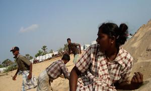 sri lanka shelter from bombs