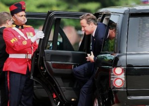 British PM upstages Commonwealth summit with Jaffna trip