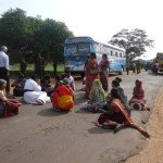 Families of the disappeared from Mannar blocked from travelling to Colombo - Nov, 2013