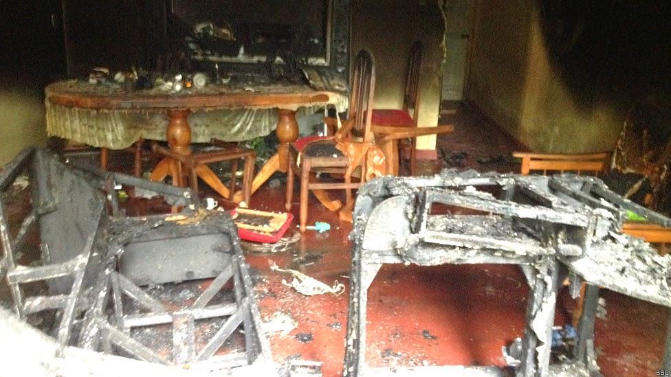 140616113842_aluthgama_attacks_976x549_bbc