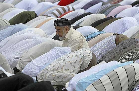muslims_in_colombo