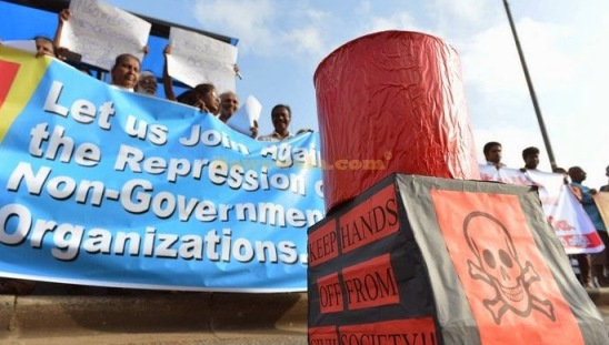 Newswala-i-NGO_protest_outlaws_press_conferences_media_statements_Colombo_Sri_Lanka-kc-1