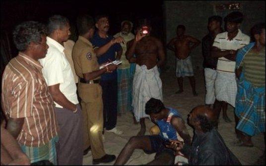 SL_Navy_trooper_captured_13_08_2014_01_107597_445