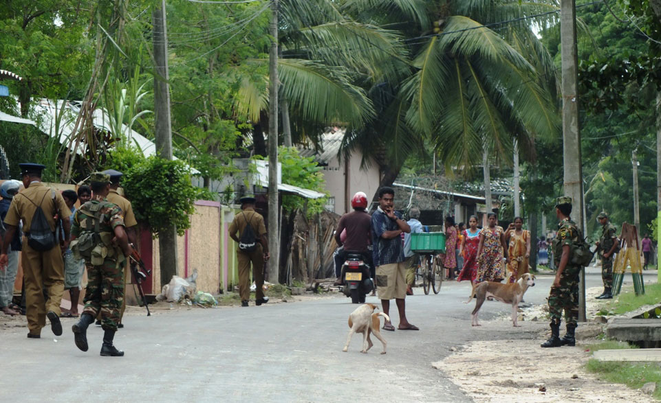 jaffna: Military is every where (Tamil Net photo)