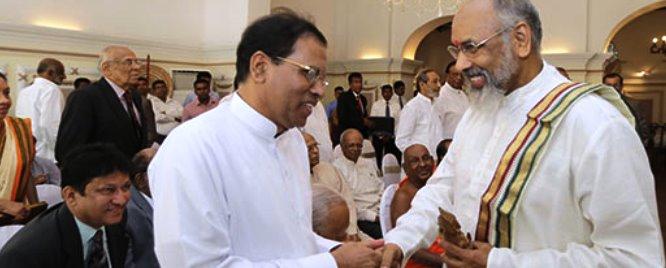 c-v-vigneswaran-takes-oath-before-president-rajapaksa-1