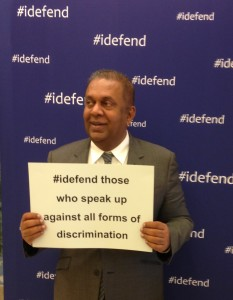 Minister Samaraweera supporting EU campaign to defend rights © s.deshapriya