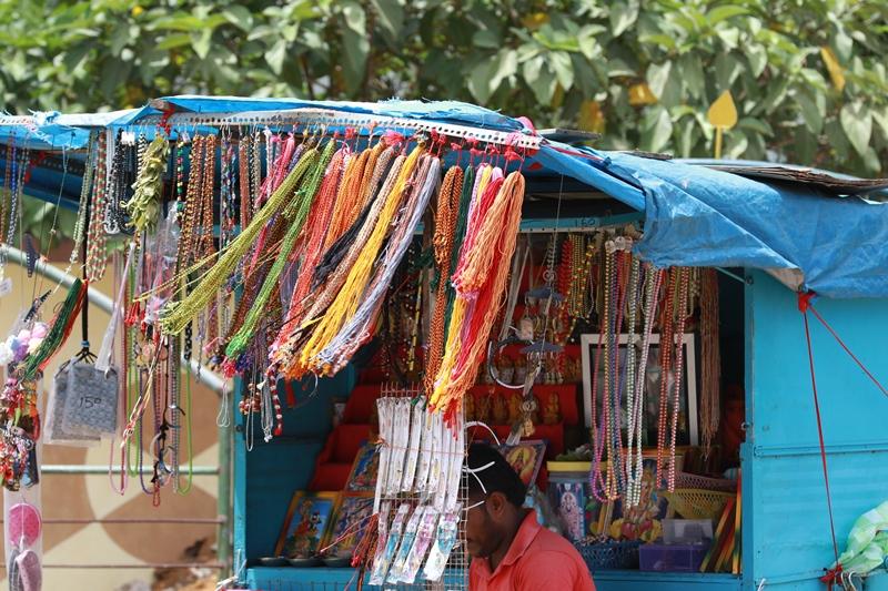 A  vender in Jaffna July 2015 : life remains same; © s.deshapriya