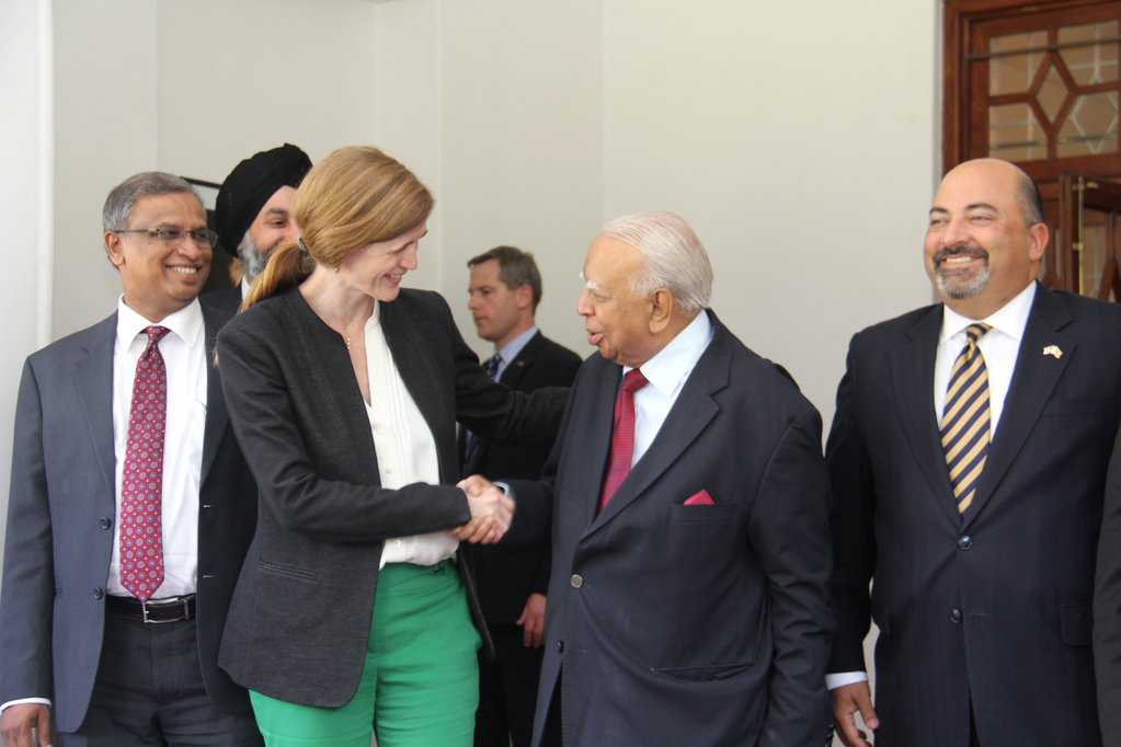 Samantha Power with R. Smpanthan ( Photo Twitter )