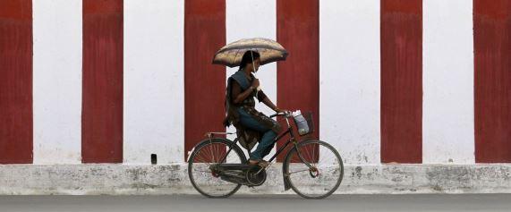 Getting back on track ( Reuters -(Dinuka Liyanawatte)s