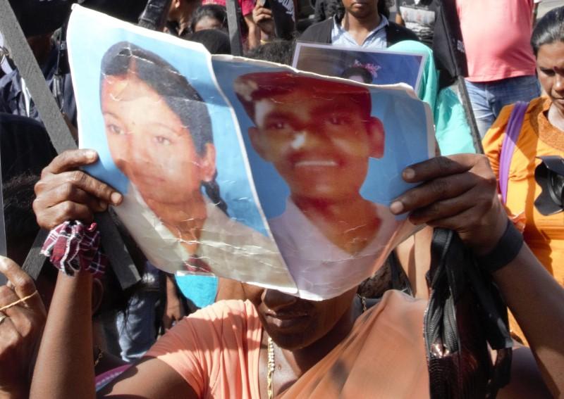 Calling for Justice for the disaapeared in Sri Lanka (c) sunanda deshapriya