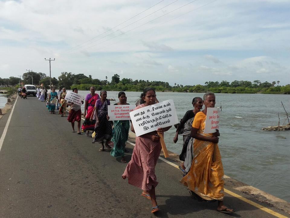 Vadduvakal residents against land grab Garikalan photo