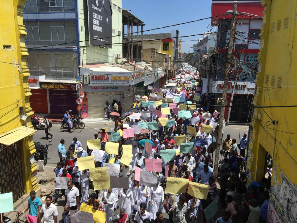 """Ezhuga Tamizh"" (Tamils Arise) march at Jaffna; Image by Tamil Guardian"