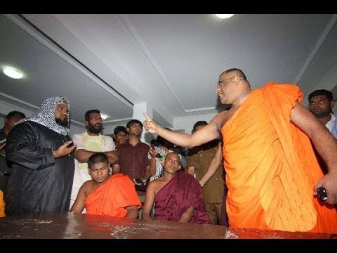 BBC head Gnanasara continue to  threaten Muslims in Sri Lanka