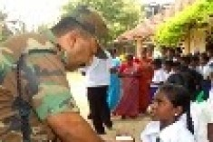 Sri Lanka : Military scouring schools up North