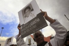 Thousands protest against government in Sri Lanka