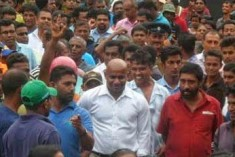 Former cricketer, ruling party MP Sanath Jayasuriya's  thugs attack Ruhuna Uni students