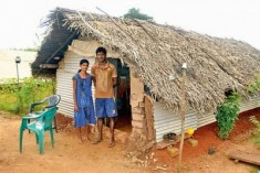 Vavuniya, Sri Lanka: No home to call their own!