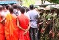 Muslims call prayer meeting on Dambulla