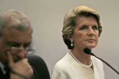 Julie Bishop denies going soft on Sri Lanka's human rights record