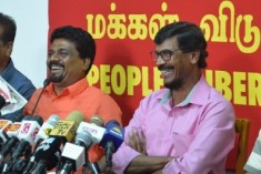 "JVP Exposes 'Divaina' Lie Factory; 3 journalists in ""Rajapksa Pay Role"""