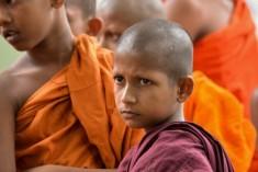 Sinhala nationlist Ravana Balaya uses children in protest