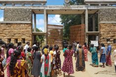 Sri Lanka: Military vacates its camp in Keppapilavu, Mullaitivu;  Owners to get land back