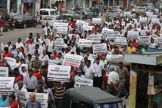 Masses march against impeachment – Photos