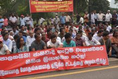 """Despise communalism' – Sathyagraha  organised by JVP in Colombo"
