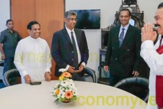 Sri Lanka's Maithri, Mahinda Talks Signal Bad News for Ranil