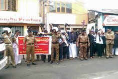 President Sirisena meets representatives & promises to look in to demands of Jaffna black flag protest