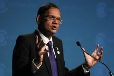 Sri Lanka's Peiris picks holes in Pillay's report