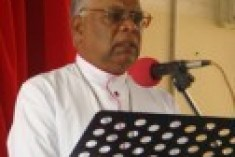 Pope Benedict to express concern over Mannar Bishop Rayappu Joseph's safety to President Rajapaksa at Vatican
