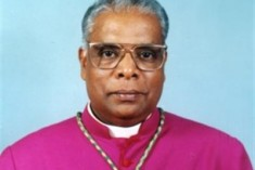 Attend CHOGM  and come and see the outcome of the war – Bishop  Rayappu Joseph tells  Manmohan Singh