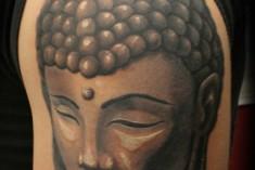 Sri Lanka bars Briton with Buddha tattoo