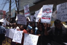 Daily Mirror stops journalists from covering Jaffna protest