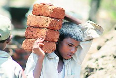 100,000 Child Workers in Sri Lanka