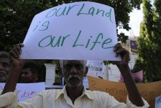 Sri Lanka: Government Slow to Return Land  – HRW