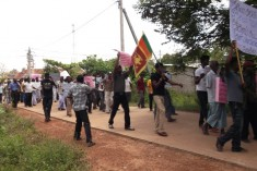 """State Terrorists"" Carrying Lion Flags Launch Stone Attack On TNA Meeting in Kilinochchi"