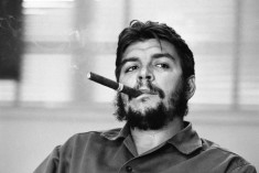 Photographer René Burri, Who Photographed Che has died at 81